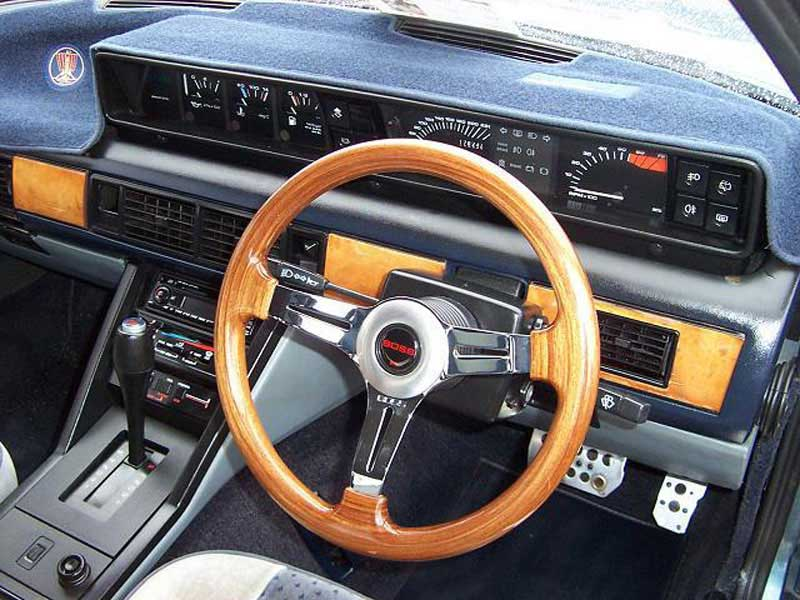 Rover SD1 Steering Wheel with Polished Chrome Spokes
